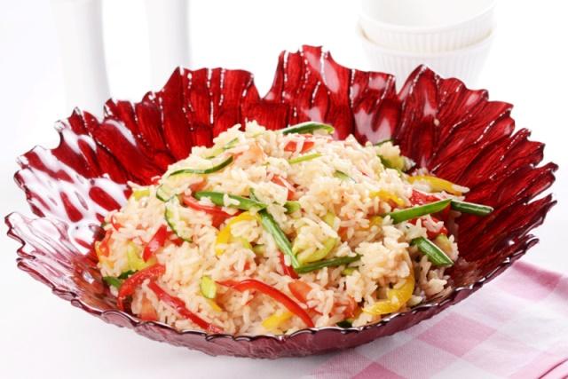 Pirincli yaz salatası.jpg